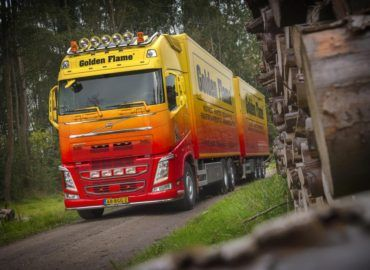 Volvo FH Golden Flame in Truckstar